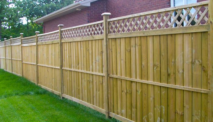 cl tures de bois commerciales prestige fences decks. Black Bedroom Furniture Sets. Home Design Ideas